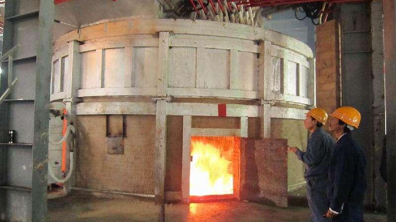 中频炉打炉料炉龄低的影响因素有哪些近来有客户咨询说使用的中频炉打炉料炉龄变低了?
